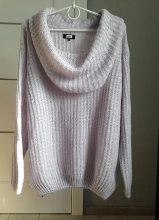 Нежный обьемный свитер с хомутом / bik bok