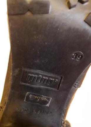 Стильные кожаные ботильоны фирмы mtng ( испания) р. 39 стелька 25,5 см8