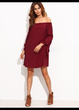 Свободное платье с открытыми плечами на пышные формы (нюанс)