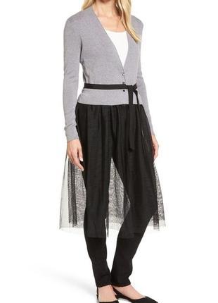 Сногсшибательный серый  кардиган с черной балетной юбкой, под поясок, размер м