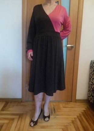 Хорошенькое платье с карманами