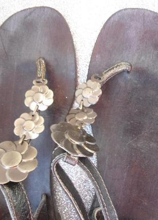 Gardini! красивые кожаные босоножки!размер 40