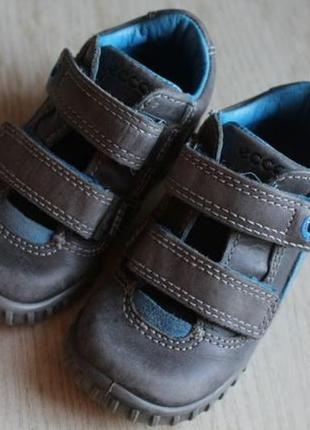 Ecco ботинки весна размер 22