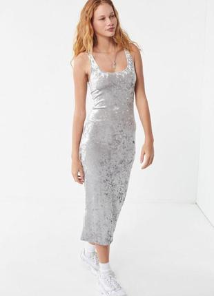 Длинное платье из трендового фактурного бархата yessica