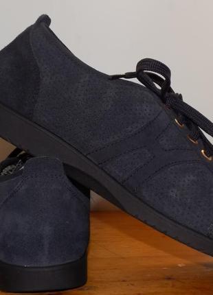 Кожаные, фирменные женские туфли от helvesko 40 р(на широкую ножку)