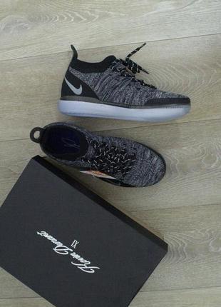 Баскетбольные кроссовки nike kd серые