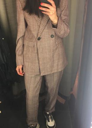 Крутой брючный костюм springfield р 40