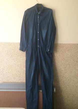 Стильный джинсовый комбинизон р.40-42