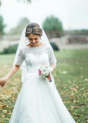 Шикарное дизайнерское свадебное платье!