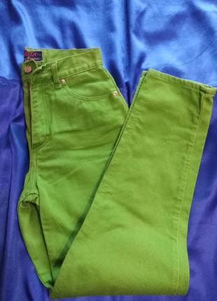 Трендовые стильные  яркие джинсы  bella