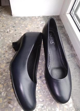 Туфлі шкіра hotter