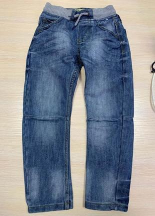Классные джинсы на 5-6 лет