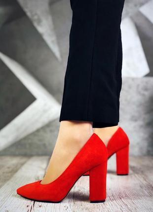 Натуральный замш люксовые красные туфли на удобном каблуке4 фото