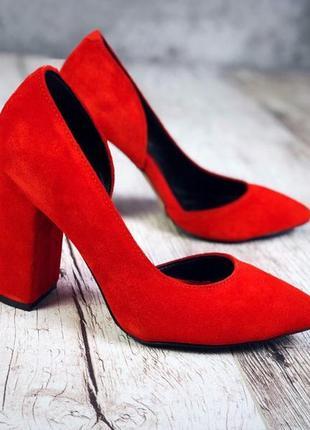 Натуральный замш люксовые красные туфли на удобном каблуке