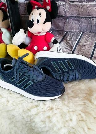 Мужские кроссовки adidas. оригинал