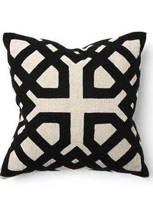 Подушка с чехлом symmetry