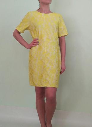 Платье футляр с кружевным напылением