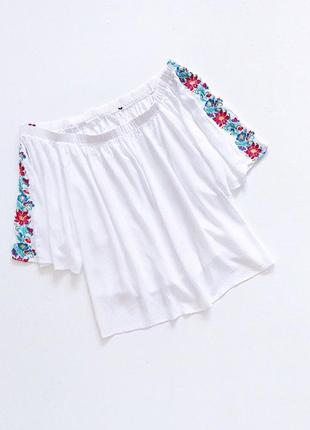 Суперская блуза с вышивкой