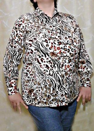 Блузка из нежного шелка в актуальный принт