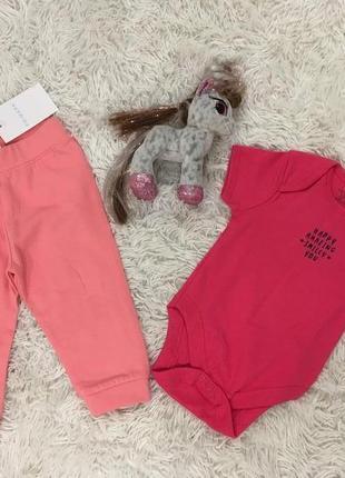 Комплект для малышки primark - боди и штаны - 6-9 месяцев