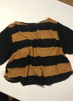 Укорочена шифонова блуза у полоску