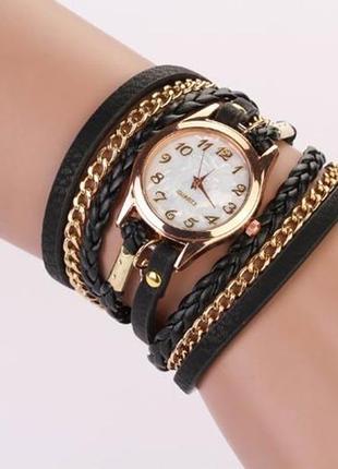 Часы-браслет женские черного цвета