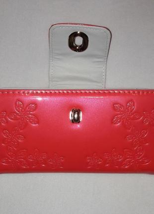 Ярко-розовый неоновый кошелёк2