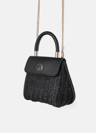 Новая красивая сумочка из рафии