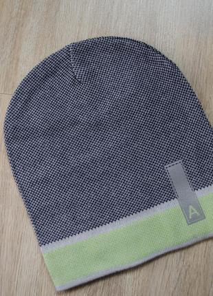 Весняна шапка на 44-50 об'єм голови