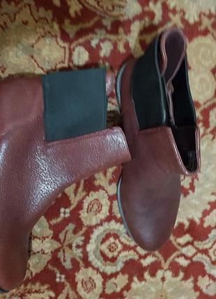 Clarks,  стильние ботинки без замка