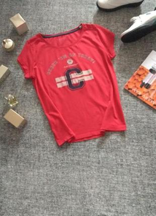Красная хлопковая футболка от бренда espirit /размер s-m