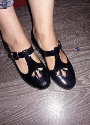 Силіконові туфлі на застібці ocean club. р. 37 - 37.5. нові))