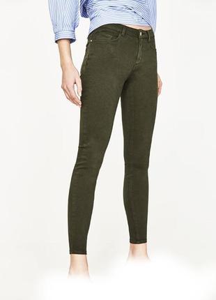 🌿 джинсы скинни zara цвет хаки / оливковые