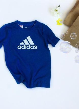 Оригінальна футболка adidas,на вік 3-4 р)