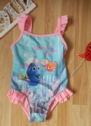 Фирменный купальник disnay девочке 3-4 года состояние отличное.