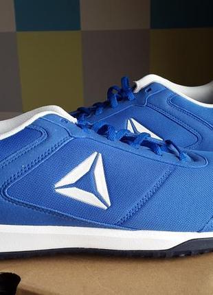 Reebok оригинал новые кожаные кроссовки  размер 50 стелька 33 см