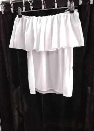 Блуза открытые плечи новая