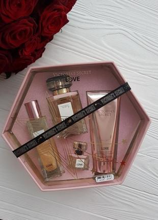 Набор парфюмерии виктория сикрет love
