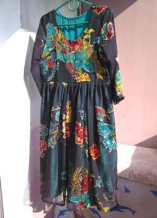 Шикарнейшее платье, шитое на заказ