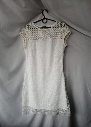 Нежное кружевное платье сукня плаття