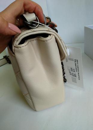 Кожаная сумочка в бежевом цвете4