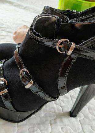 Модные итальянские ботильены patrizia rigotti