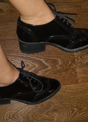 Туфли оксфорды лаковые marks&spencer