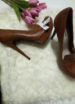 Новые лоферы на высоких каблуках