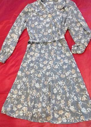 Очень красивое и женственное платье от marks & spencer. размер хл, английский 14