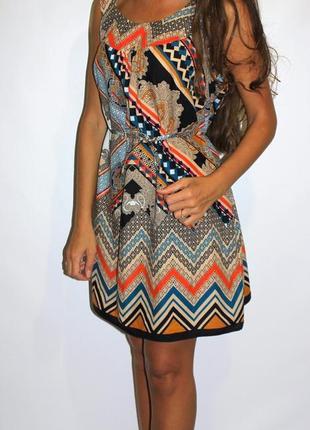 Красивое платье в орнаментах - хлопок!
