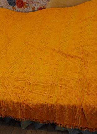 Махровое рельефное покрывало, бахрома