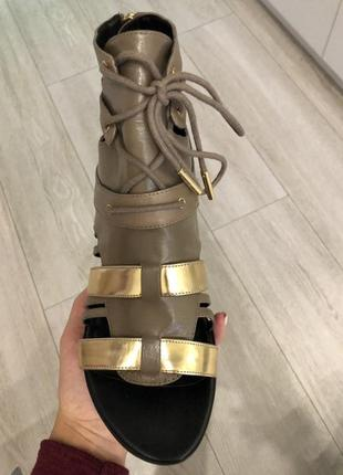 Удобные кожаные сандалии в римском стиле 40р-р