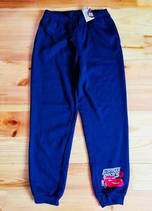 Спортивные штаны disney с начесом на рост 146-152 см