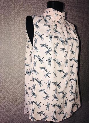 Красивая блуза со стрекозами